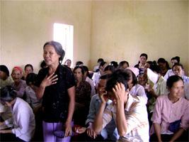 Tan Minh women raising thei voice